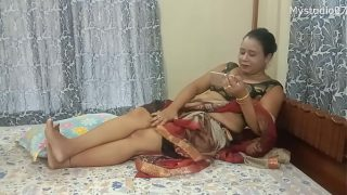 Desi Indian Mom with her son's friend hot fuck with young boy