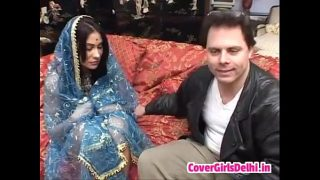 Sexy Indian from Bombay loves ride her bf